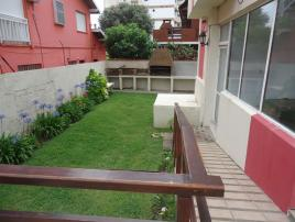Luvie 2B: Departamento en Villa Gesell zona Centro Comercial.