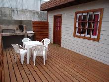 Manantial: Cabaña en Villa Gesell zona Centro.