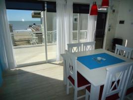 Alquilo Departamento Playa 111 3E en Villa Gesell zona Centro Comercial.