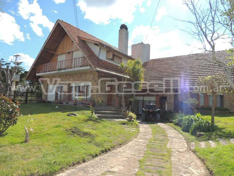 Casa Milito en Villa Gesell zona Sur