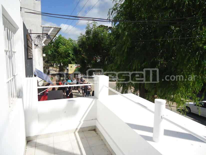 Alquilo Departamento Depto Lola en Villa Gesell zona Centro.