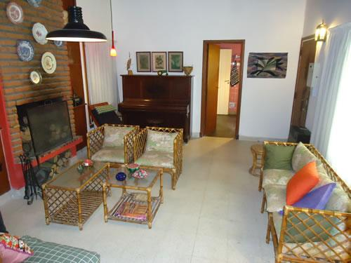 Alquilo Casa Nono A en Villa Gesell zona Barrio Norte.
