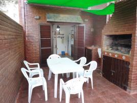 Alquilo Duplex Petunia II en Villa Gesell zona Centro.