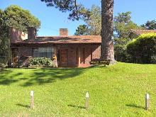 Más Información de Chalet Plumas Verdes en Villa Gesell
