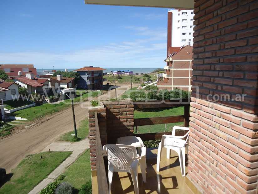 Pueblo Gnomo: Departamento en Villa Gesell zona Centro.