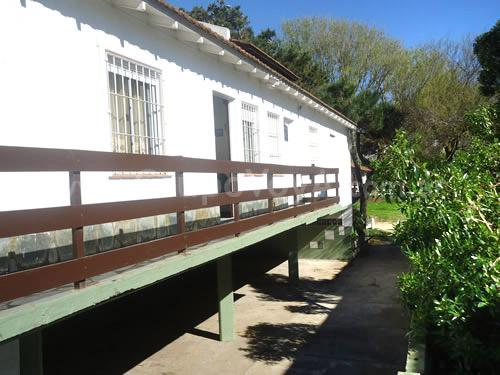 Serrano depto 6: Departamento en Villa Gesell zona Sur.