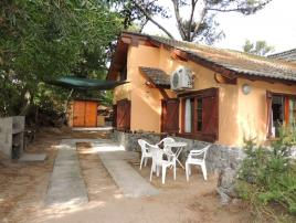 Sol del Bosque 4: Cabaña en Villa Gesell