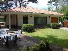 Sol y Quebracho: Chalet en Villa Gesell