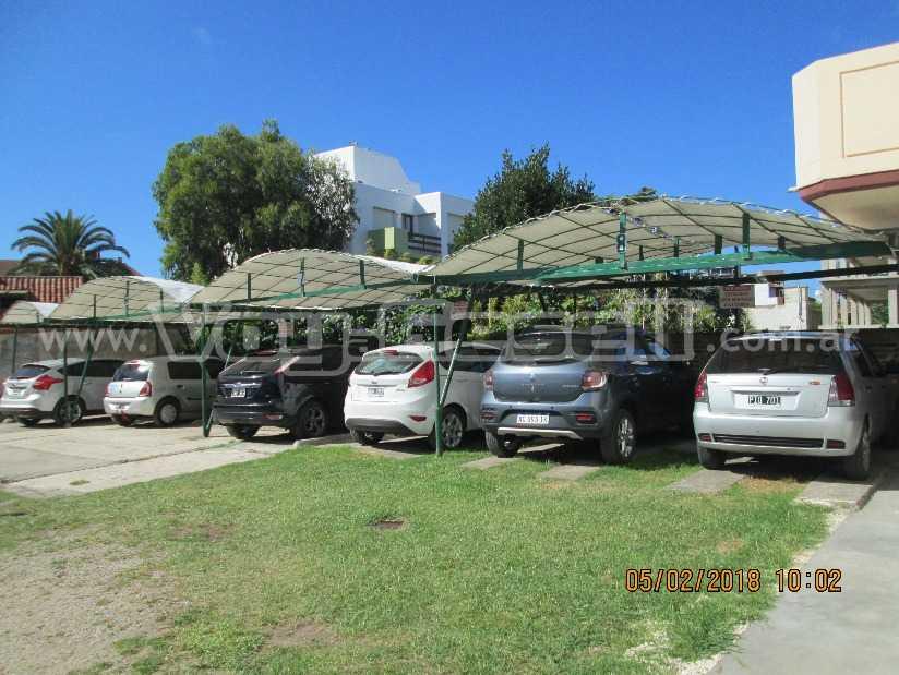 Sole Mio: Departamento en Villa Gesell zona Centro Comercial.