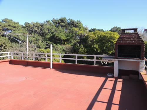 Edificio Sur 1 2A: Departamento en Villa Gesell zona Sur.