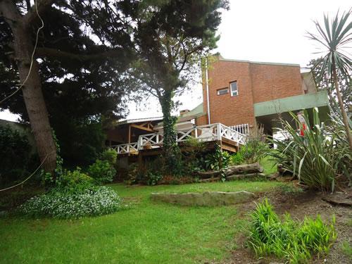 Tupac: Chalet en Villa Gesell zona Sur.