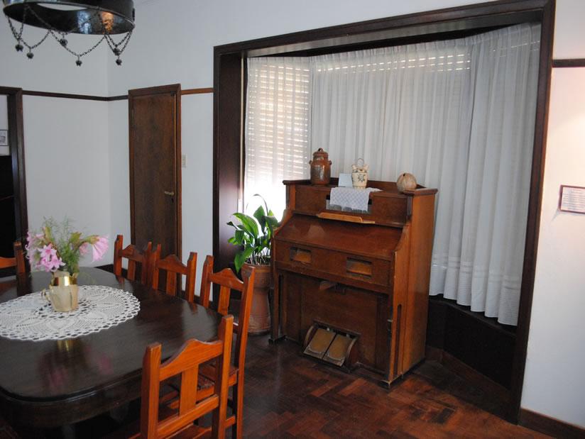 Chalet de don Carlos: Centro Cultural en Villa Gesell.