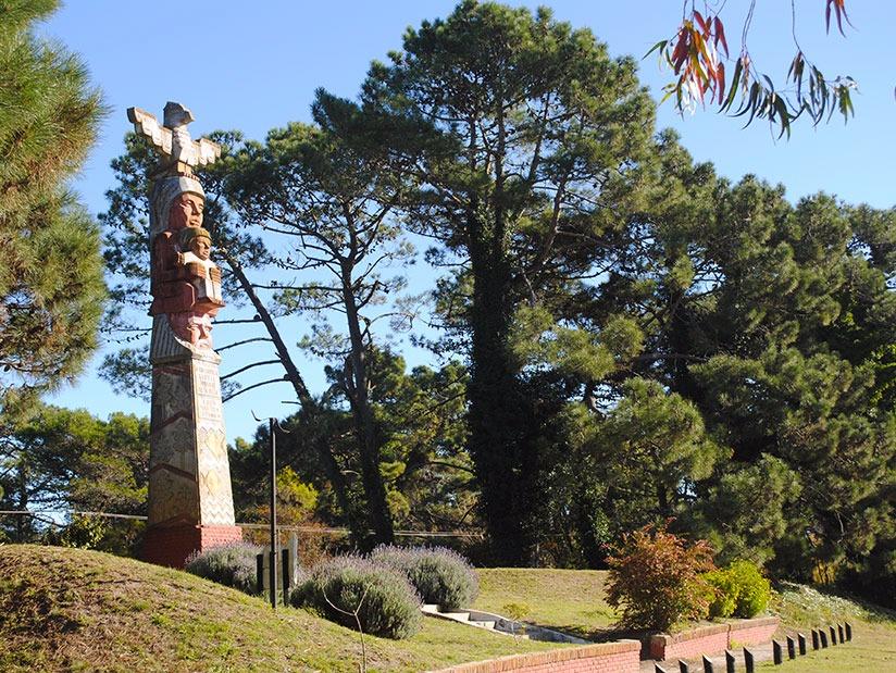 El Totem: Atractivo Turistico en Villa Gesell.