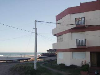 Departamento Depto Sofy en Villa Gesell zona Centro Comercial